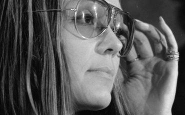 GloriaSteinem-Photo-Warren-K-Leffler